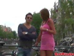 Грудастые проститутки трехходового веселиться в Holland