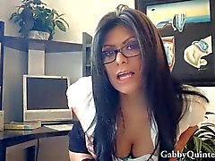 Возбужденный конверсию Gabby Quinteros получает киска Облегчение