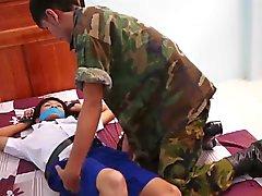 Солдат захватил ученика