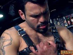 Muscle fetiche gay com Ejaculação