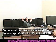 FemaleAgent . Spektakulärer Schwanz Kontroll aus Stud
