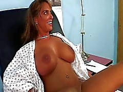 Holly Halston Doctor Вист