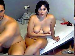 spaans manlief laten zien en neuken zijn vrouw op webcam