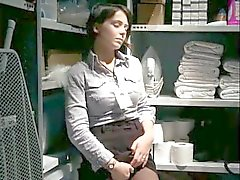 My masturbation break in the stockroom