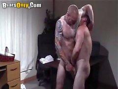 Sucking Daddys de Pierced de coq