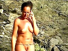 Con curvas Hot Milfs desnuda en la playa Spycam HD video Voyeur
