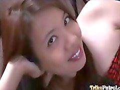 Horny Filipina Aiza on tuunattu ulos seksiä hänen paras ystävänsä