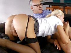 British dilettante cocksucking oldman on sofa