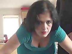 Matür Montse Swinger amansızca delinmiş zevk alıyorum