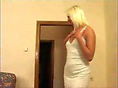 Einen Kerl knallt zwei heißes Girl Unmündigen