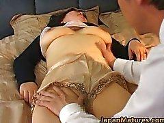 Pollo maduras japonesa ha el sexo caliente
