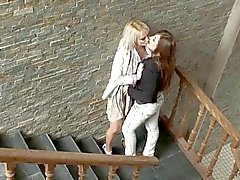Adolescente Talking Dirty Lesbian Seduz Mulher HOT - Cireman