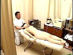 Erotische asiatische Massage Japanisch