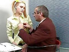 De Playgirl recibe su de hendidura encantadora violadas del maestro