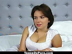 TeensDoPorn - Big Tittied ruso Marina Visconti Casting cinta!