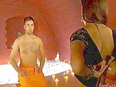 Como usar a massagem como preliminares erótico