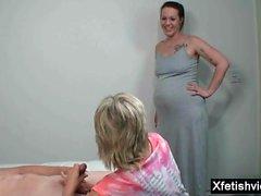 Hot schwanger zu dritt und abspritzen