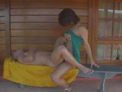 Адриана Родригес трахается своего мужчину потом уходит свои сперму
