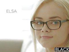 Verdunkelt Elsa von Jean nimmt Ihre erste der BBC