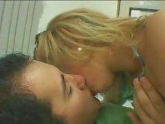 Zunge küssen 1 Stunde
