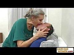 Grått hår gamla mormor jävla