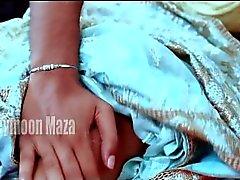 ChachiChachi sekä Deve Chav Katso Bhabhi Deve Bhav seleenin