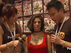 PornhubTV Bonnie Rotten Interview at 2014 AVN Awards