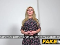 Fake Agent Hot Blonde Big Tits Ryska får en ansiktsbehandling