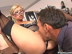 Boss bangs leggy golden-haired secretary Donna Bell