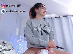 Webcam brunette babe 1