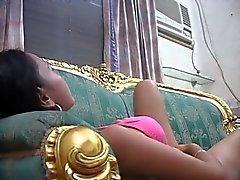 4 jelai filipino tyttö