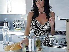 Martini Turn On With Milf Veronica Avluv