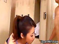Asian Milf maiô pego chupando part6