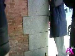 Pornodolares: follando a un vagabundo desde la calle