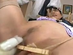 Watch this fetish booty hoe toying her big sexy ass