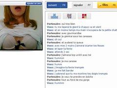 Linda loira puta francesa mostra peitos e buceta
