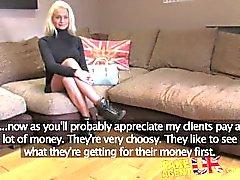 FakeAgentUK Casting Couch sieht Rauchen heiße Blondine geben Esel für Bargeld