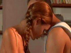 Elena Grimaldi Tem Um exame anal