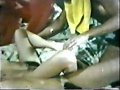 Peepshow 79. 1970'ler döngüye sokar - Sahne 1