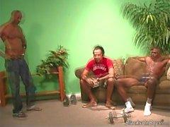 Muskulös svarta män jävla röven för i vita guy