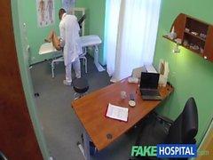 FakeHospital Sıcak dadı zam ile onu bir şekilde jantlar