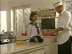 Preparação cozinha de escola
