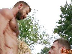 Muskel gay rumpa till mun och creampie