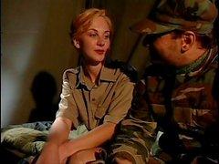 Enfermeira do exército sc.2