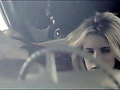 01.06 - Sperma Hommage auf Personen Emma Roberts