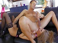 Rocco Siffredi verontreinigt anaal een ballerina
