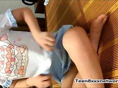 Vietnamese young girl amateur cam show part2