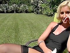 Blondie Mckenzi Reynolds Flashes Her Pussy To Gardener