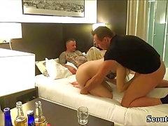 deux couple amateur allemand dans la vraie baise échangiste maison