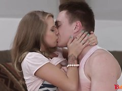 18 Videoz - Sofi Goldfinger - Ocean of anal pleasure